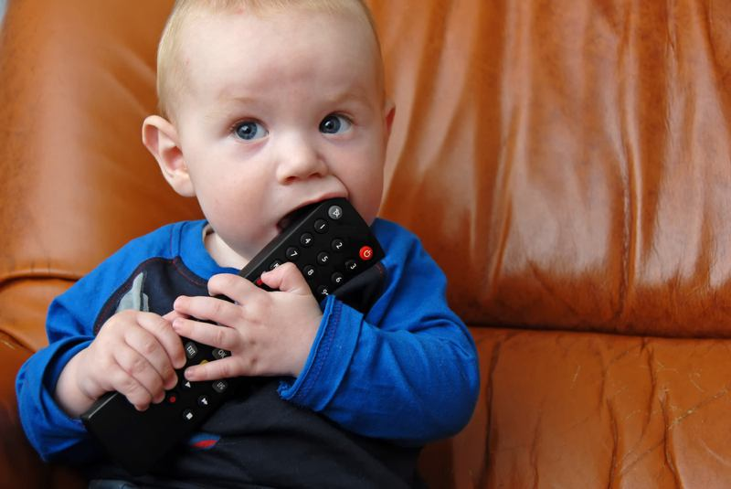 Baby chewing remote