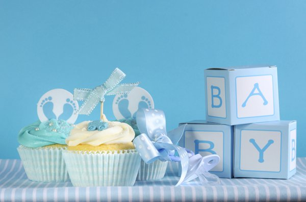 Baby shower cupcake favours