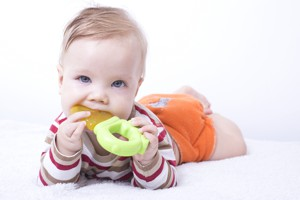 baby chewing teething ring