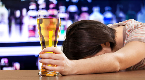 Women Drunk Alcoholism Drinking Problems Alcohol Beer