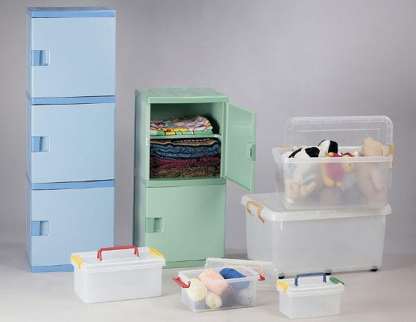 Plastic Storage drawers and plastic storage box for convenience.