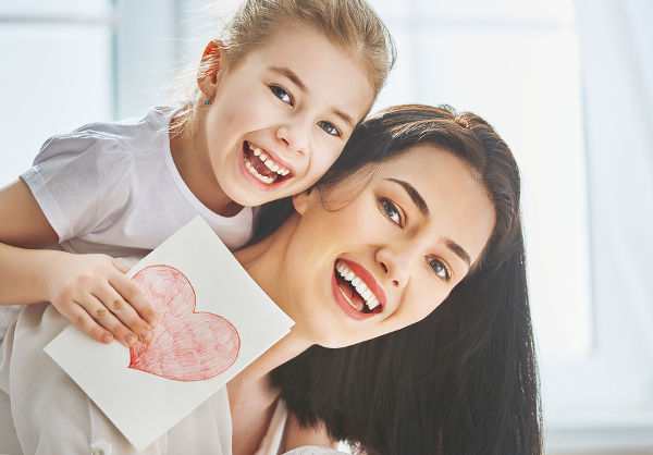 happy-mother-and-daughter-heart-card-mothers-day