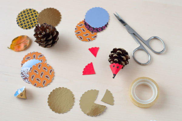 Pinecone hedgehogs with paper noses